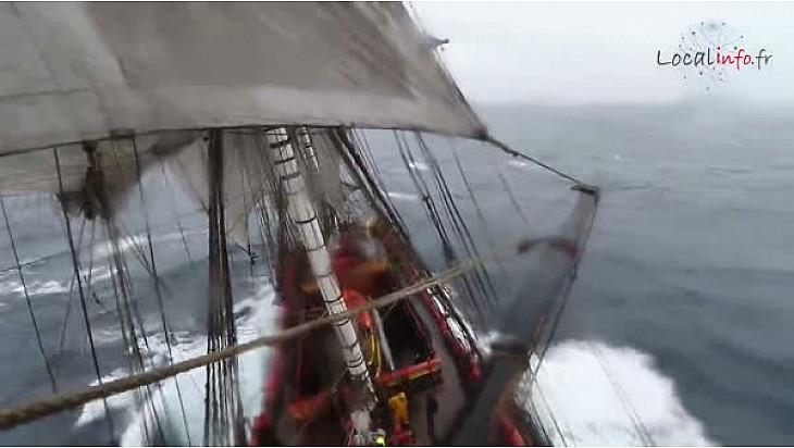 Alerte Météo: complément d'images tournées le 26 février à bord de l'Hermione au large du Portugal @LHERMIONE_SHIP @Localinfo.fr @TvLocale_fr